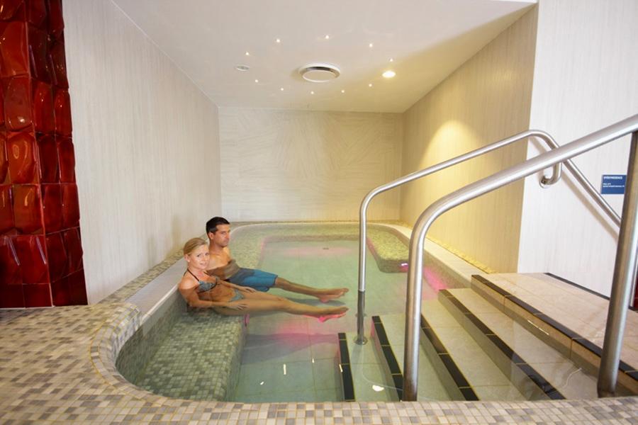 bain thermal le plus chaud budapest